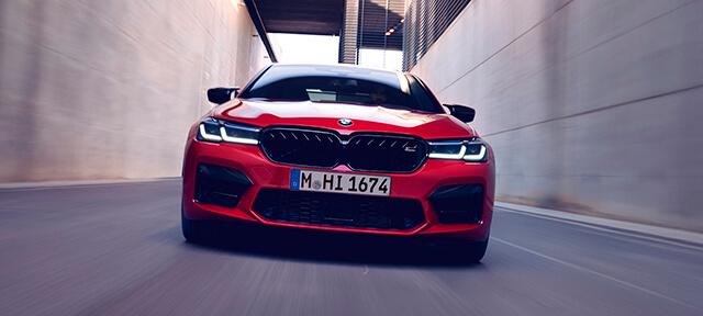 BMW M5 COMPETITION І BMW M5: ДИНАМІЧНІ ХАРАКТЕРИСТИКИ.