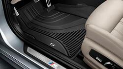 Всепогодні передні килимки BMW.