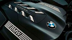 8-циліндровий бензиновий двигун BMW TwinPower Turbo